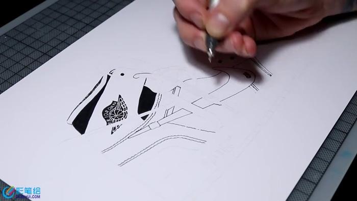 马克笔手绘超写实运动鞋